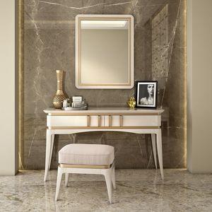 Art. 5610, Toilette in legno laccato