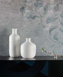 STRIPE, Vasi decorativi con testure a strisce