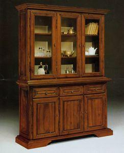 Art. 81/10, Ampia vetrina in stile '800 toscano