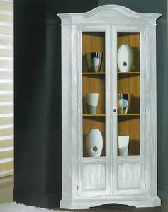 Art. 96/85, Vetrina ad angolo in stile classico