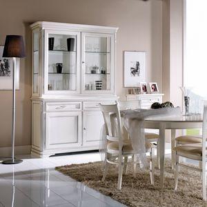 La Maison MAISON608T, Elegante cristalliera in stile classico