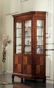 Settecento vetrina, Vetrina classica con 2 ante e luce interna