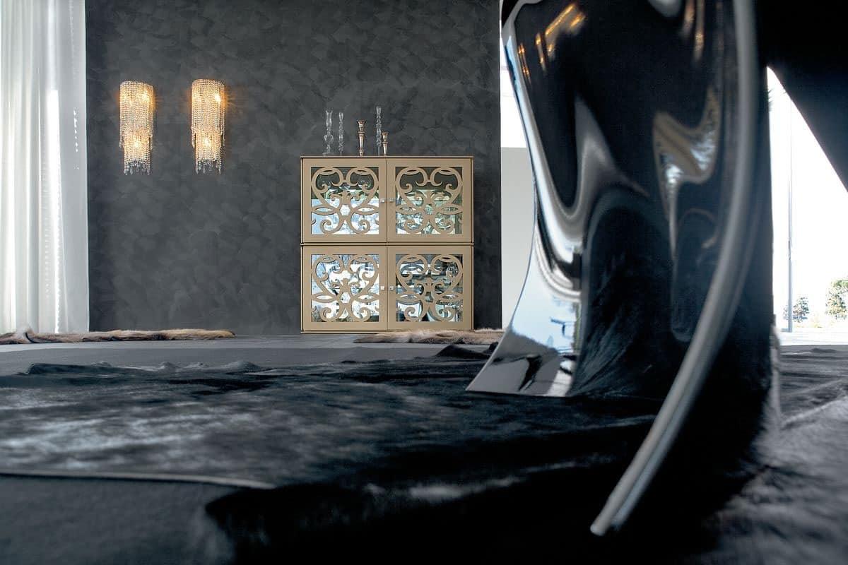 PARIS vetrina, Vetrina in laminato traforato e vetro, finiture con SW