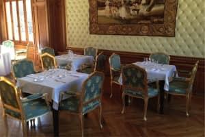 Chateau de Beguin � Lurcy L�vis
