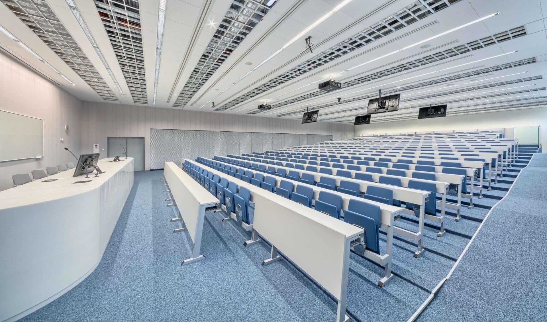 Ateneo 2.014, Università di Hradec Králové